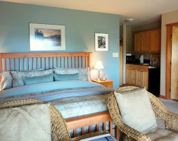 Sea Mist Suite at Reef Point Oceanfront B&B